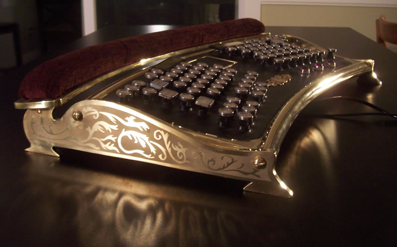 ergonomic_steampunk_keyboard